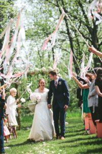 Un giorno un sogno_wedding planner Torino_lancio del riso matrimonio_nastri
