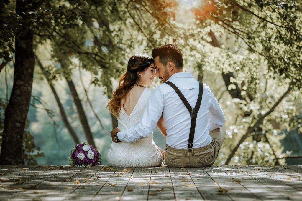 Come coinvolgere tuo marito: sposi romantici
